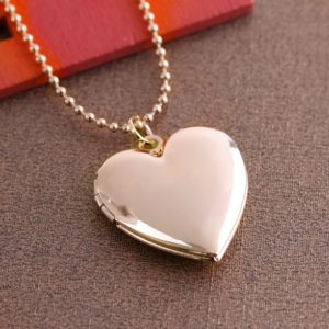 Heart-shaped Silver Necklace